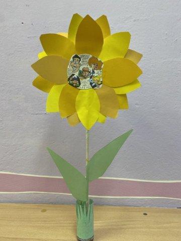 «Цветочек счастья»  - Савичева Ирина - конкурс «Мама, папа, Я - наша дружная семья!»