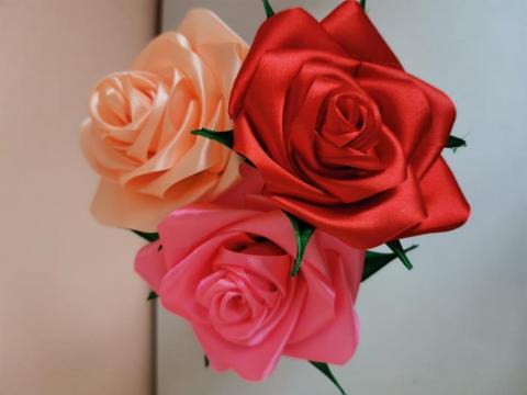 Розы милой мамочке