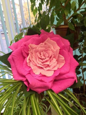 Цветок из гофробумаги