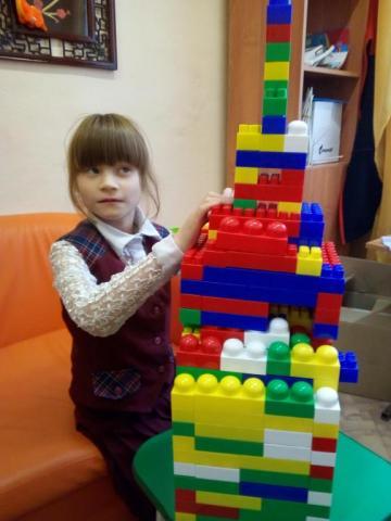 Красивая башня из Лего