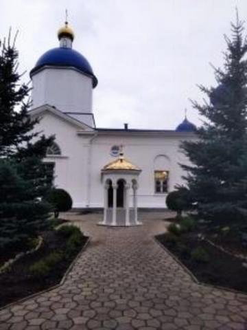 Возрожденный Иверский храм