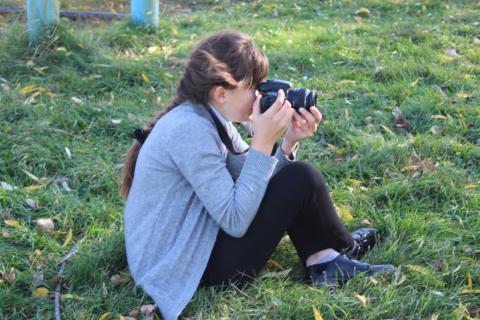 Девочка с фотоаппаротом