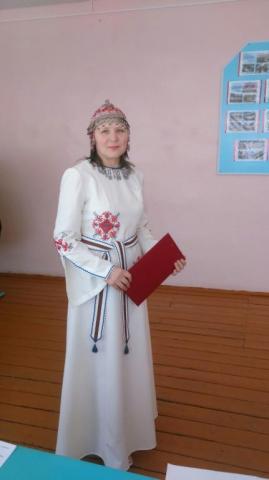 Моя мама в чувашском национальном наряде